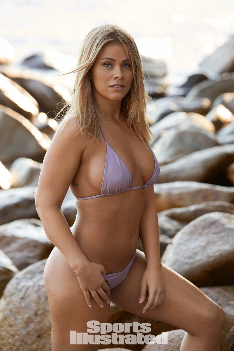 0409070529440_28_Paige-VanZant-Nude-Sexy-TheFappeningBlog.com-29.jpg
