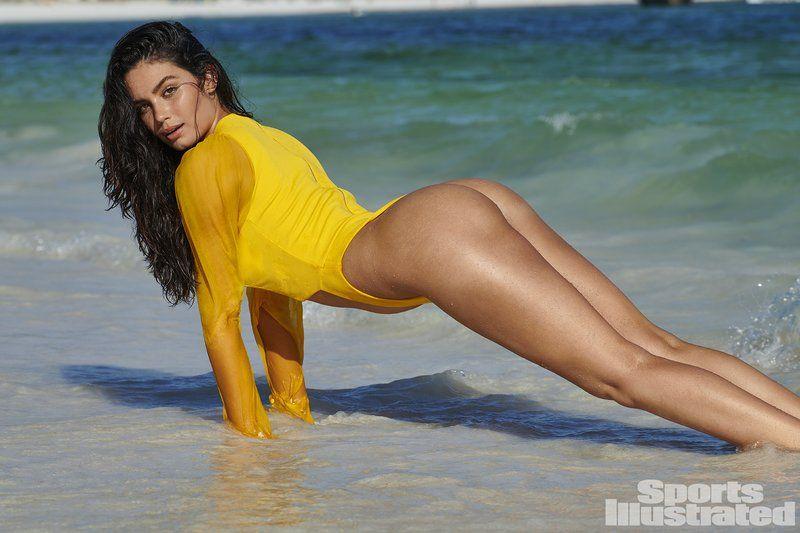 0409070445084_35_Anne-de-Paula-Nude-Sexy-TheFappeningBlog.com-36.jpg