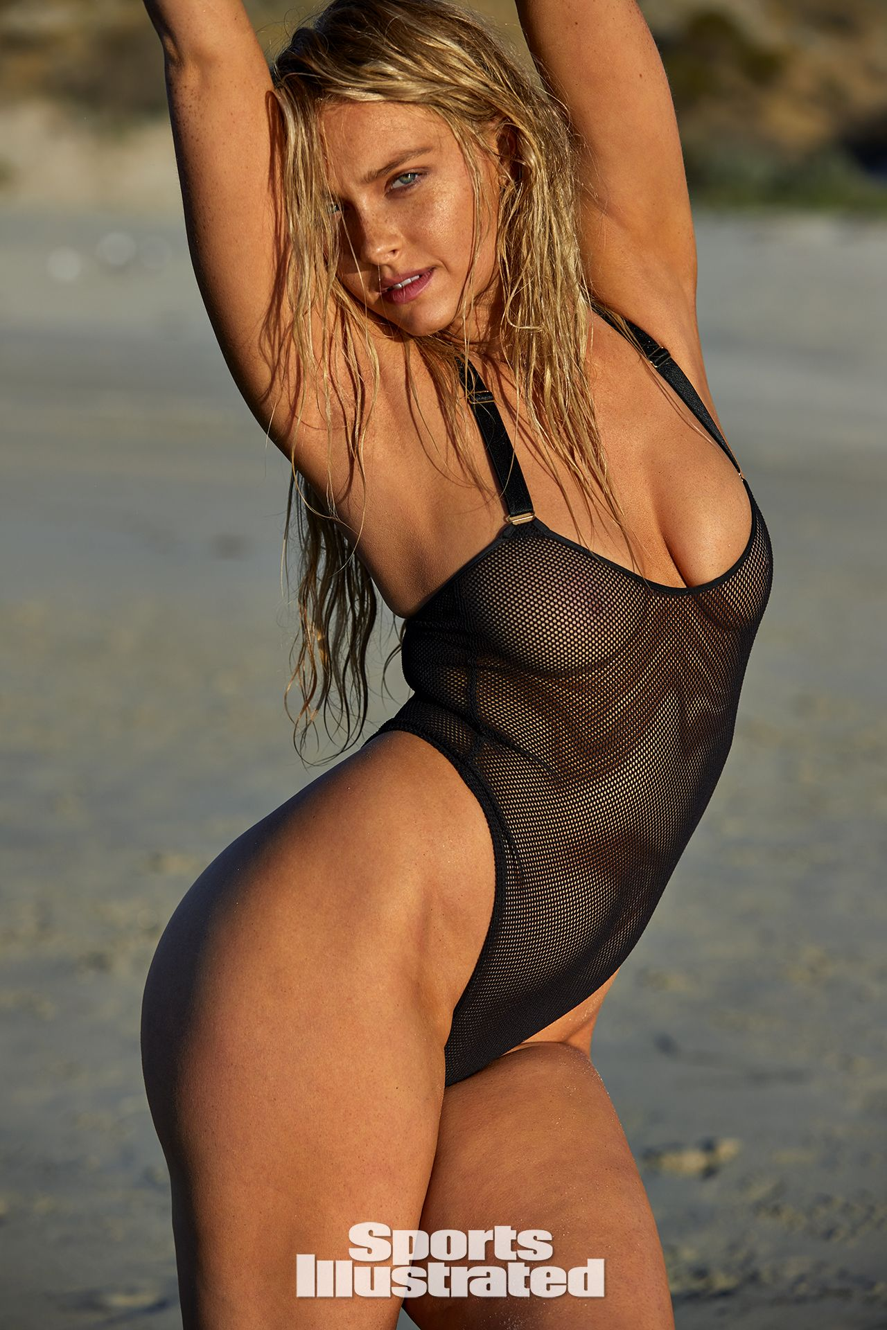 0409102317452_00_Camille-Kostek-See-Through-Nude-Sexy-TheFappeningBlog.com-12.jpg