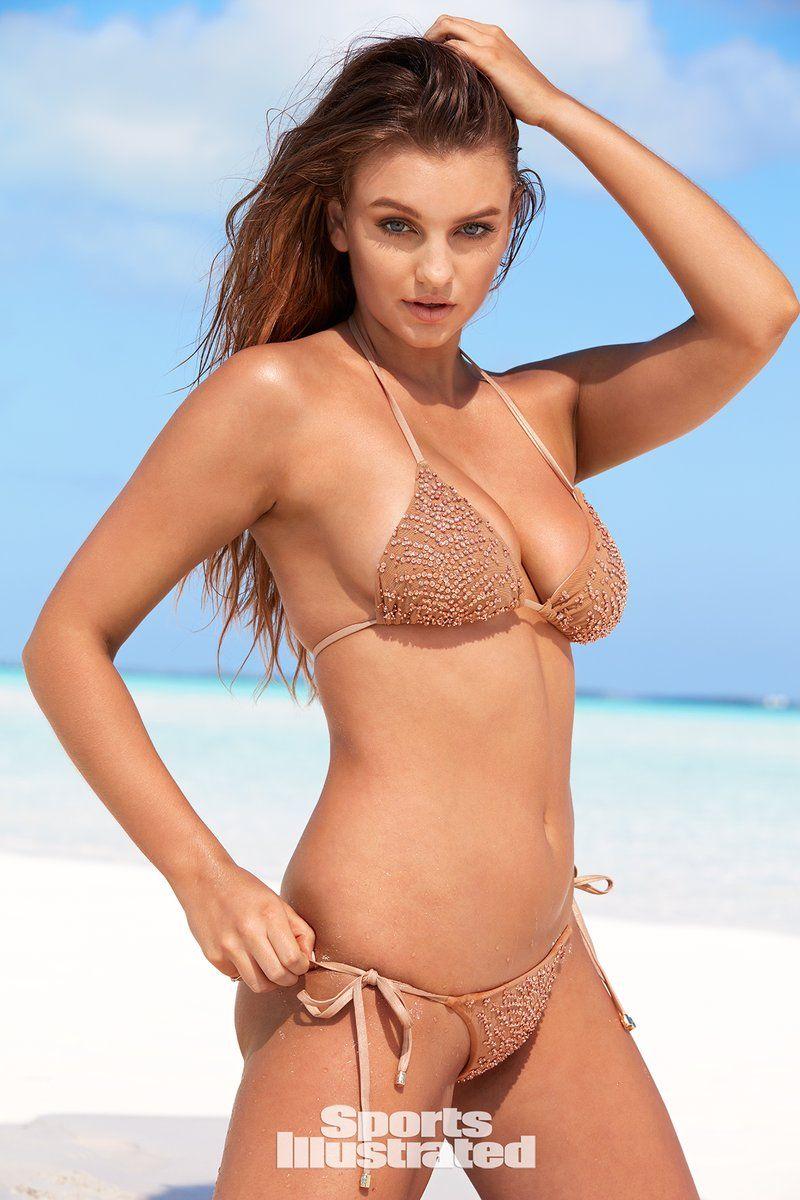 0409070639378_21_Olivia-Brower-Nude-Sexy-TheFappeningBlog.com-21.jpg