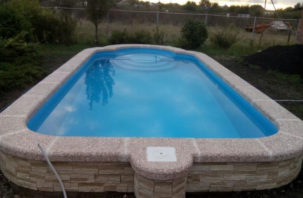 Отделка бетонного бассейна