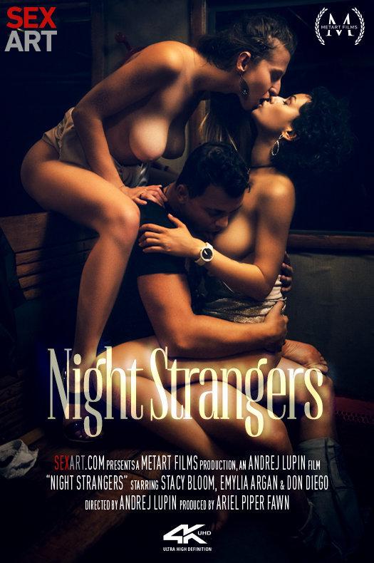 Stacy Bloom & Emylia Argan - Night Strangers (2019) SiteRip |