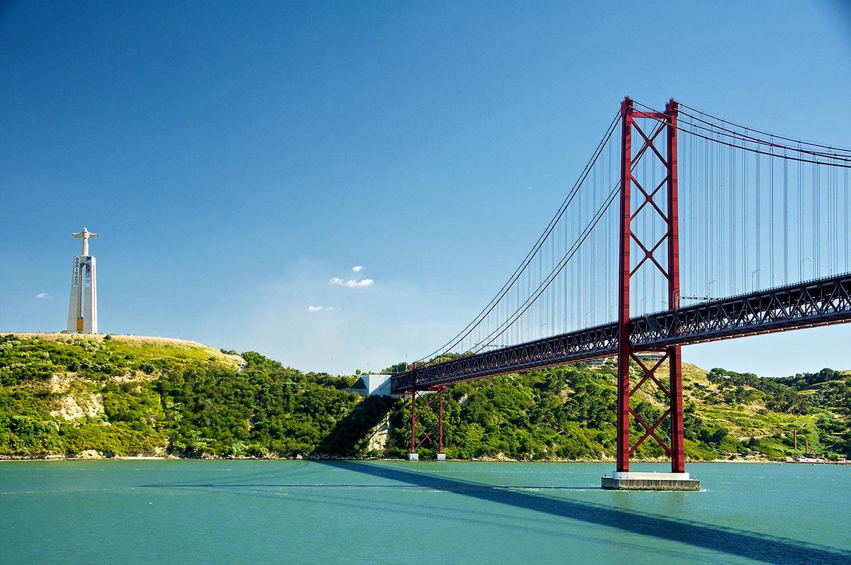 «Мост 25 апреля»