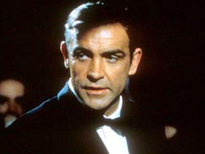 Sean-Connery-and-James-Bond-7.jpg