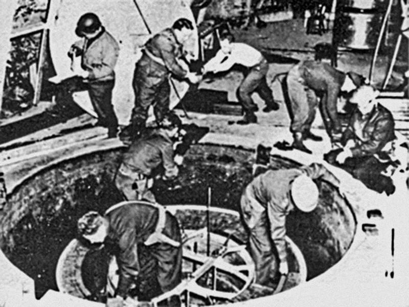 German_Experimental_Pile_-_Haigerloch_-_April_1945-RZ.jpg