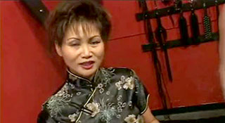 Rosy Rocket - Трахнул старую гейшу в жопу и накончал в рот / Geisha Gash 2 (2001)