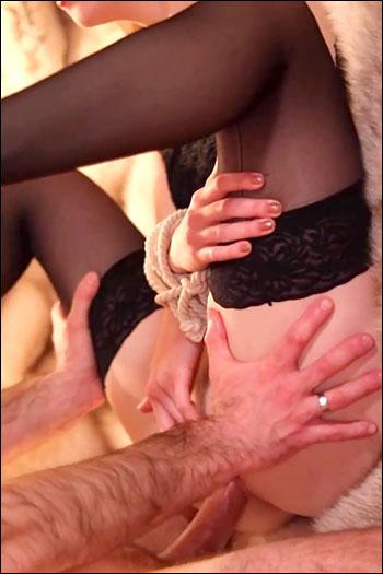 Ruda Cat - Связал руки рыжей подружке и трахнул в попку / Redhead Babe Cums During Hot Ass Fuck (2020) CAMRip 720p |