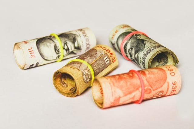 Валютные операции и валютный контроль