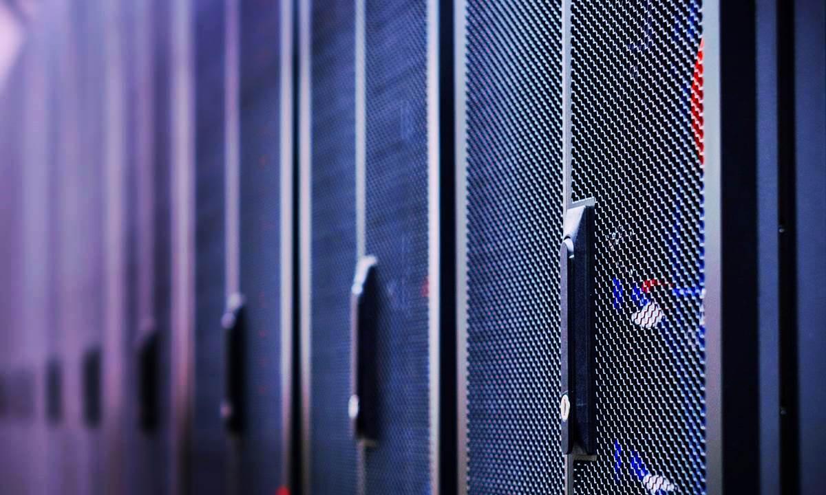 Хостинг VPS серверов на Windows или Linux. Сравнить цены и условия тарифов от Deltahost.ua