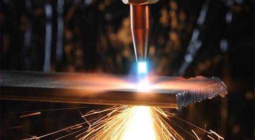 Для чего нужен газ в лазерной резке металла | 1