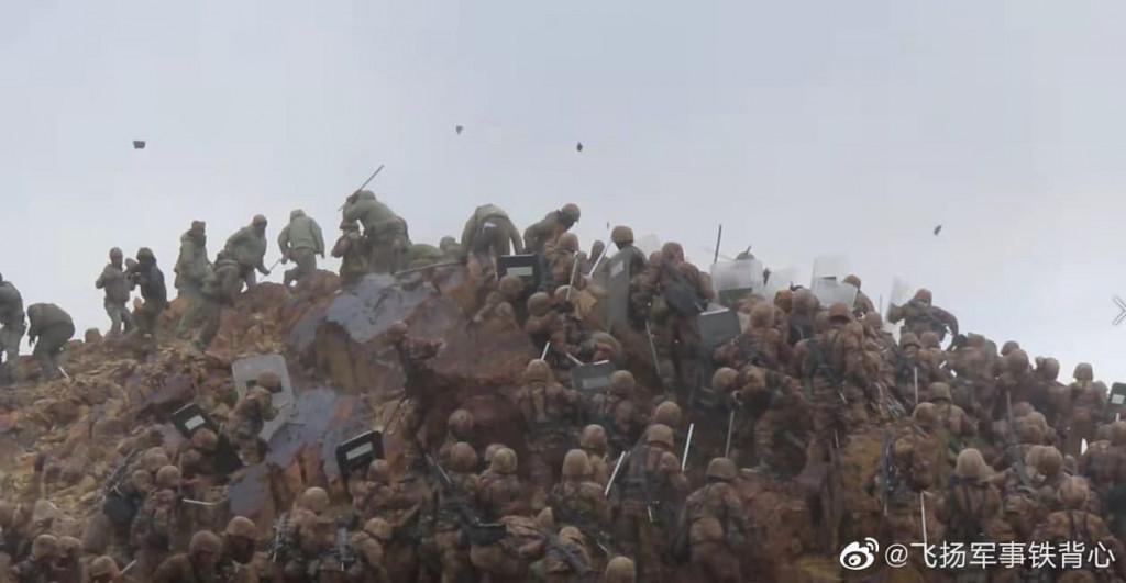Как китайцы усовершенствовали тактику безогневого мордобоя со времён боёв за о. Даманский